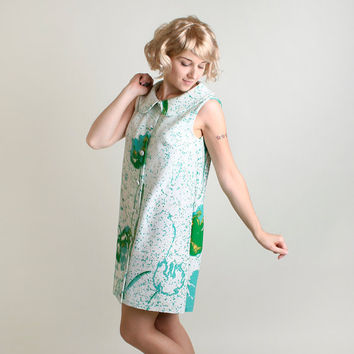 1970s Shift Dress  Vintage Twiggy Emerald Green Lily Pad by zwzzy