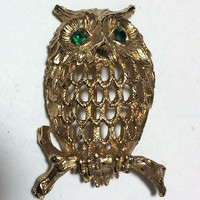 Napier Owl Brooch Pin, Emerald Green Rhinestone Eyes, Gold Tone Figural Bird, Mid Century Jewelry, Vintage Costume Jewellery 418