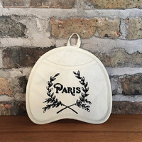 Paris Pot Holder Mitt - Cream & black neoprene oven mitt, French country kitchen decor, Hostess gift, rustic, shabby chic