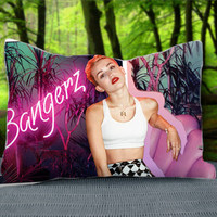 "Hot Miley Cyrus Bangerz Custom Pillow Case 30"" x 20"""