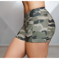 Fabmoor Women Sexy Sport Shorts Camo Shorts With Side Phone Pocket Fitness Cross Training Cardio Cycling Sexy Yoga Tights