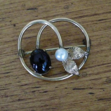 Vintage Gold Pearl and Black Stone Brooch W.E. Richards