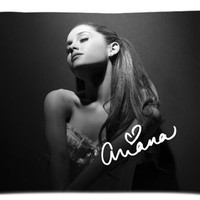 "DIYSELLER American actress,singer and songwriter Ariana Grande Pillow case Covers Standard Size 20""x30"""