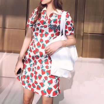 GUCCI Strawberry Polo Buttons  Short Sleeve  Stretch Cotton  Lapel Mini Dress