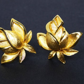 Summer Sizzler Sale Trifari Clip on Rose Earrings - Vintage 1960's Floral Design, Trifari Signed Roses, Matte Gold Tone Flowers