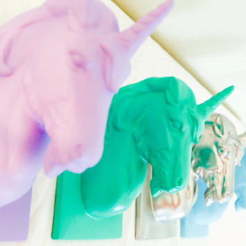 ANY COLOR Mounted UNICORN Head // Faux Unicorn Head Mount // Jewelry Hanger // Necklace Holder // Unicorn Horn // Nursery Decor
