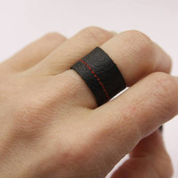 Black Ring/Vegan Leather Ring/Handmade Faux Leather Ring/Handmade Ring/ Minimalist Ring/ Unisex Ring/Black Ring with red pattern/