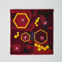 Honey Bee Wall Hanging, Marsala Quilt, Burgundy Wall Quilt, Mini Quilt, Honey Comb, Fiber Art, Honey Bees