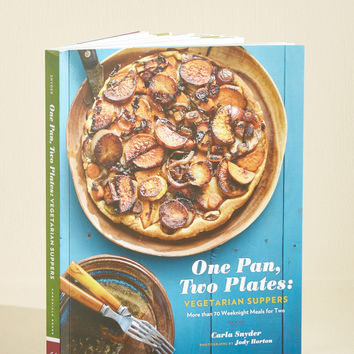 One Pan, Two Plates: Vegetarian Suppers Cookbook | Mod Retro Vintage Books | ModCloth.com