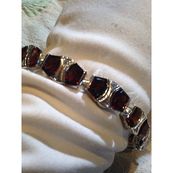 Handmade Vintage Genuine Garnet Rhodium Finished 925 Sterling Silver Tennis Bracelet