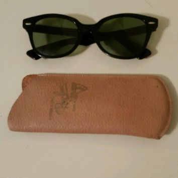 One-nice™ Vintage Ray Ban sunglasses -prescription lense B&L 5220 USA - leather case