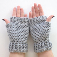 Crochet Fingerless Mittens Wrist Warmers Gloves in Light Gray
