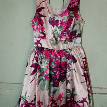Sweet Fuchsia Floral Formal Party Dress, Prom Dress, Spring Time Flowers, XXI Fashions, Juniors Medium, Satin Like Fabric