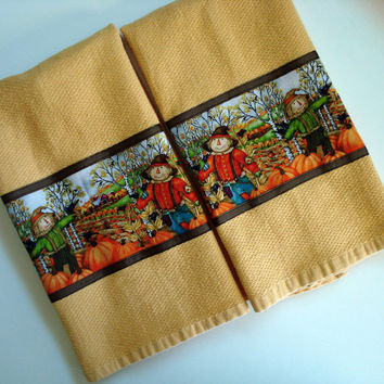 Scarecrow Tea Towels, Fall, Autumn, Kitchen Towels, Leaves, Pumpkins, Gold, Orange, Country Scene, Crows