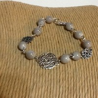 Beautiful Victorian filigree link silver bracelet with glass beads