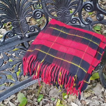 Red and Black Virgin Acrylic Tartan Plaid Stadium Blanket Afghan Throw Tennessee Woolen Mills