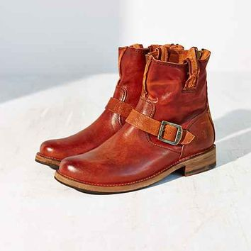 Frye Vicky Artisan Back Zip Boot-