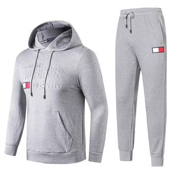 Tommy Hilfiger 2018 autumn and winter new casual men's sports running suit two-piece Grey