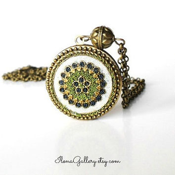 Green Filigree Locket-Vintage Inspired Locket-Flower Locket-Long Contemporary Neklace-Bride Locket-Photo Locket-Brass Locket-Antique Locket