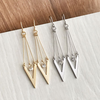 Pointy dangle earrings