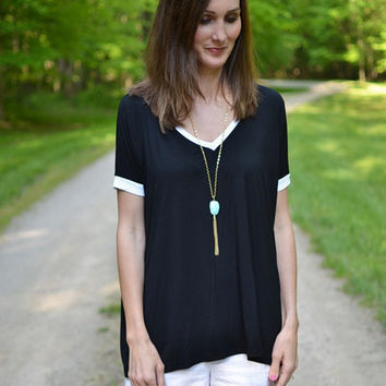 PIKO V-Neck Contrast Top In Black