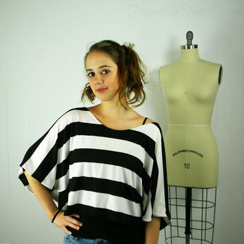 Black and White Crop Top, Striped Crop Top, Striped Shirt, Womens Striped Shirt,  Oversize Shirt, Cropped Top