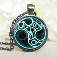 Steampunk handmade movie doctor who blue line time lord Necklace 1pcs/lot bronze or silver Glass Pendant jewelry
