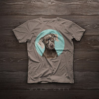 T-Shirt - Portrait of elegant Weimaraner with glasses - Illustration, funny, gift, pet, portrait, smile, tshirt