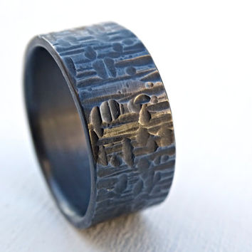 cross hammered ring black silver, mens wedding band silver, bold silver ring, unique wedding ring, mens promise ring, patterned ring silver