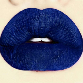Smudge proof Blue Liquid Matte Lipstick Thunder