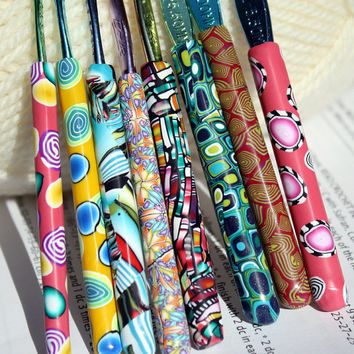Polymer clay Boye crochet hook set of 8, New Sizes D/3 through K/10.5, 8 different designs