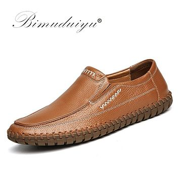 Handmade Real Leather Men Shoes Genuine Leather Slip On Causal Shoes Breathable Men Moccasins Shoes