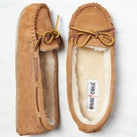Minnetonka Cally Slipper, Brown | American Eagle Outfitters