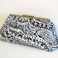 Frame Clutch in Black & White Paisley
