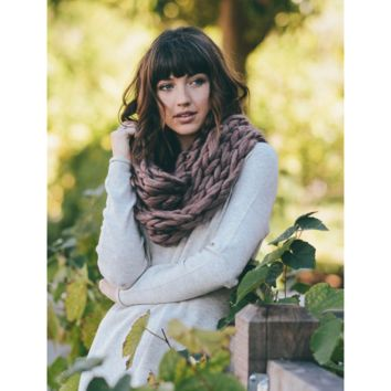 Ultra-Soft Red Mix Chunky Infinity Scarf