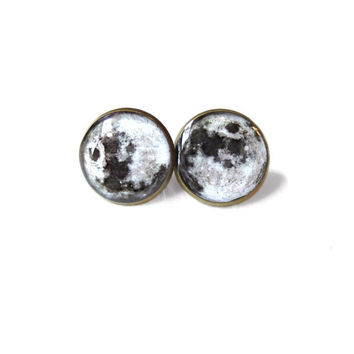 Moon Stud Earrings - Pastel Goth Soft Grunge Pop Culture Jewelry - Hippie Outer Space Jewelry - Cute Moon Earrings