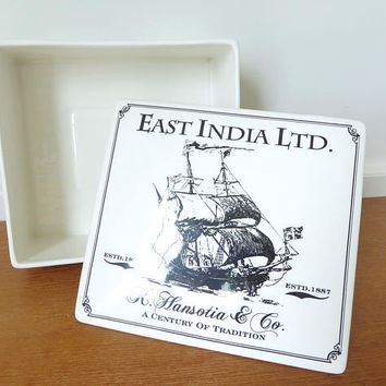 East India Ltd. K Hansotia & Co ceramic box/humidor with rubber seal lid, excellent condition