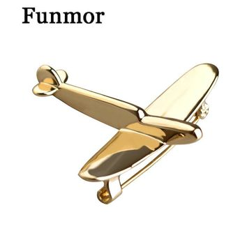 High Quality Gold-color Airplane Brooch Pin Cool Brooches For Kid Scarf Hat Backpack Cardigan Bijouterie Gold-color Joias Broche
