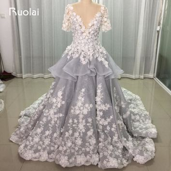 Real Photo Luxury Flower Pearls V-Neck Sheer Back Tiered Ball Gown Wedding Dresses 2017 Long Bridal Gown Grey Wedding Gown FW67