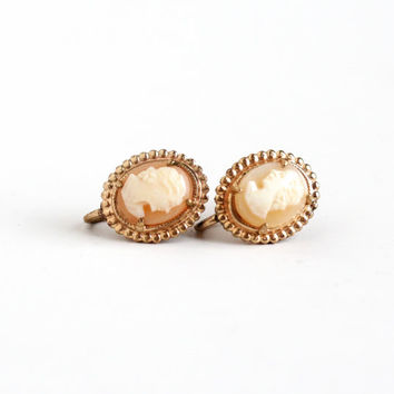 Vintage Carved Shell Cameo Screw Back Earrings - Mid Century Gold Tone 1950s Clip On Jewelry