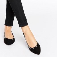 Oasis Scalloped Pointed Flat at asos.com