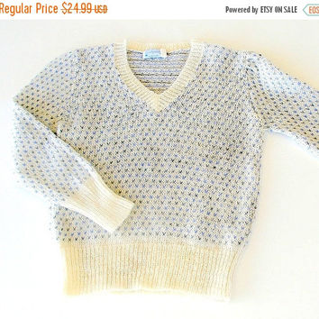 SALE Vintage Womens  Mohair Pullover Sweater, 1970s Sweater by Judyanna Ltd NY, Cream Blue & Gray Knit Pullover, Size Small Medium.