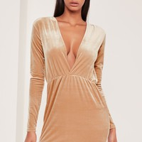Missguided - Long Sleeve Plunge Ruched Waist Velvet Dress Gold