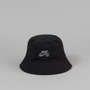 Nike SB Performance Bucket Hat - Black / Reflective Silver
