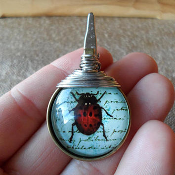 Roach Clip-Round Glass Pendant Clip-Wire Wrapped-Ladybug-Insect-Graphic Print-Smoke Accessories-Cigarette Holder-Roach Holder #286