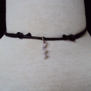 Lightning Bolt Choker ~ Lightning Necklace ~ Tibetan Silver Lightning ~ Charm Necklace ~ Grunge Style ~ 90s Inspired Jewelry