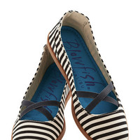 ModCloth Skyline Lights Stroll Flat in Stripe