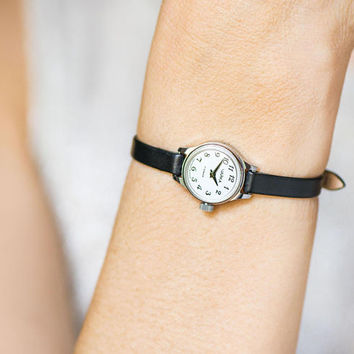 Mini wristwatch for women, very small watch silver shade retro, petite lady watch gift, classic tiny watch Seagull premium leather strap new