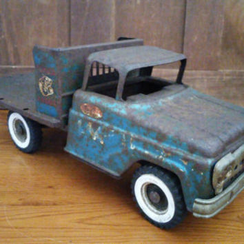 Vintage Rusty Tonka Farms Toy Truck Stake Body Mound Minn