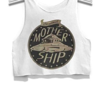 ICIK7H3 Mother Ship Alien Womens Crop Tank Top